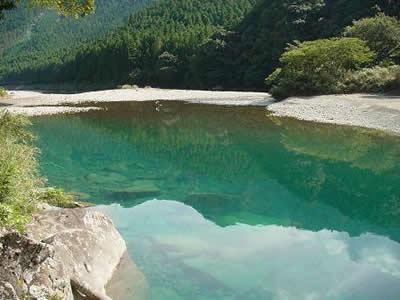 美しい赤木川